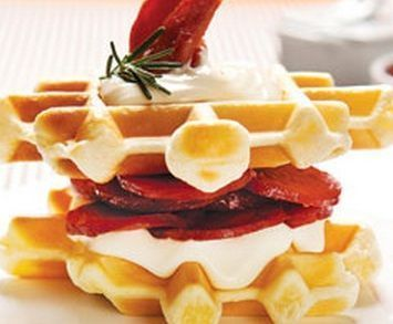 Waffler com cream cheese e calabresa