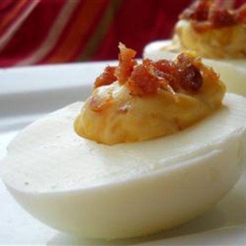 Ovos com bacon e cheddar