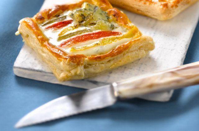 Tartelete de pimentão, anchova e queijo