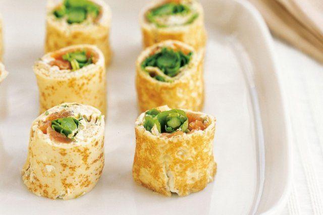 rolinhos de crepe com cream cheese e salmão