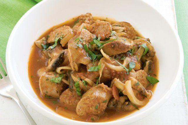 Linguiça italiana e tomate cozido