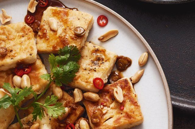 Tofu empanado e frito