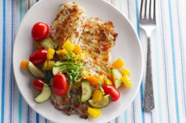 Fil s de til pia na frigideira com vegetais receitas de for Comida para tilapia