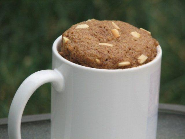 Bolo de caneca com farinha de linho