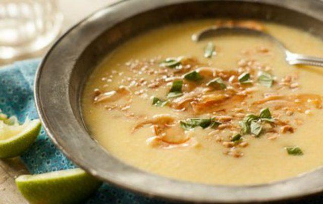 Sopa de milho com coco
