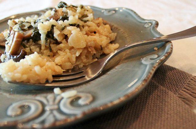 Risotto com espinafre e cogumelos