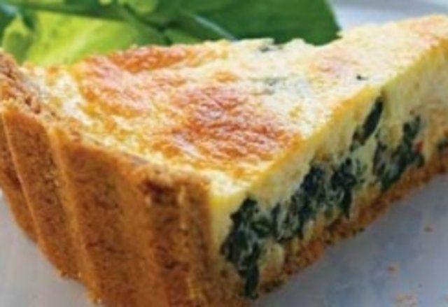 Torta de liquidificador recheio de espinafre