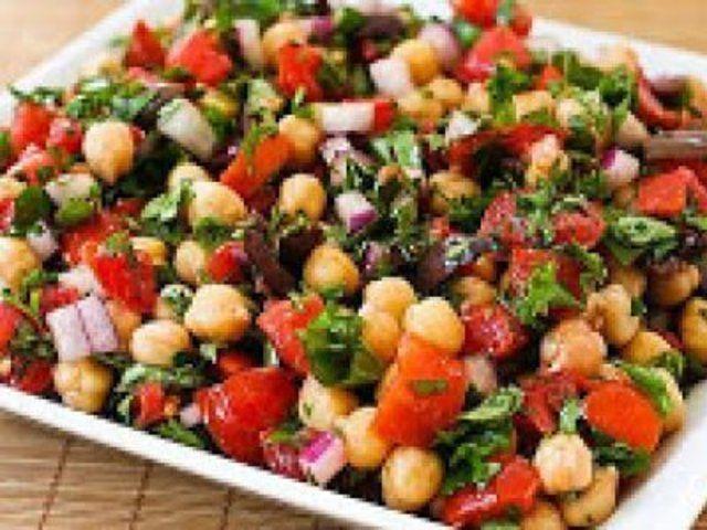 Salada especial de grão de bico