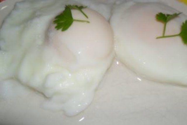 Ovos poché