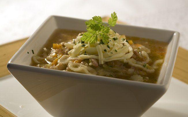Minestrone (sopa italiana)