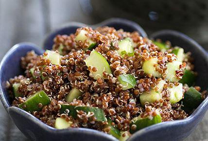 Salada de Quinoa com Pepino e Hortelã