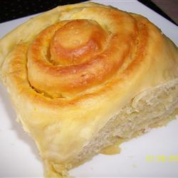 Pão com geléia de laranja