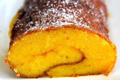 Torta de laranja com sumo