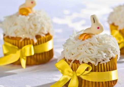 Cupcake com Laranja e Coco