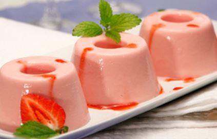 Gelatina de morango com natas de soja