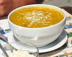 Sopa de abobrinha com arroz