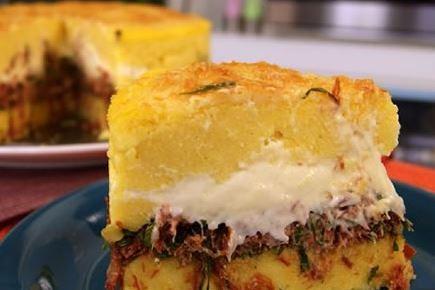 Torta de Polenta com Carne Seca