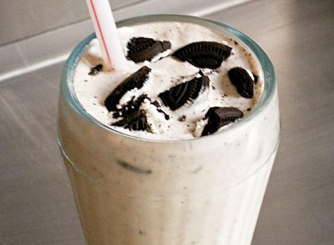 Milk-Shake com Biscoito