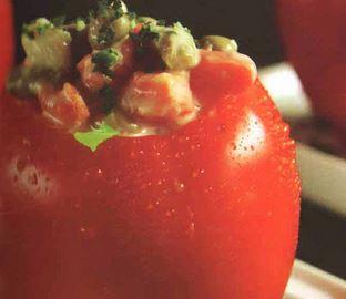 Tomate Recheado com Legumes