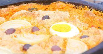 Torta com bacalhau, frutos do mar e palmito