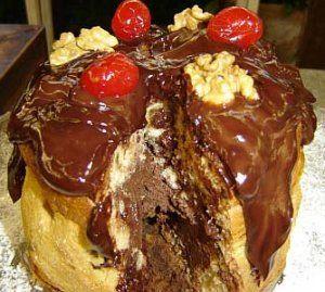 Panetone recheado com mousse de chocolate