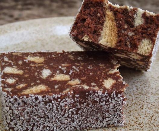 Bolacha e Chocolate em Fatias