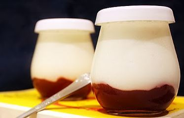 Iogurte de Baunilha com Doces