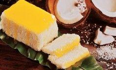 Bolo tapioca baba de moça com coco ralado