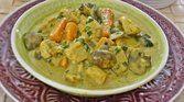 Bacalhau fresco ao curry e leite de coco