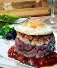 Tuna Burger com Geléia de Pimentão Vermelho