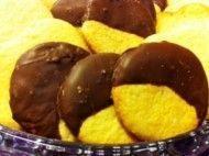 Biscoito com cobertura de chocolate