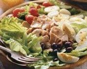 Salada prática de alface com palmito e azeitonas