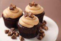 Cupcake de chocolate com recheio surpresa