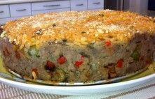 Torta de Carne moída recheada com arroz de forno