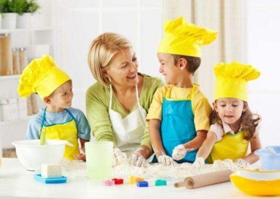 Cozinhar com as crianças: veja receitas ideais