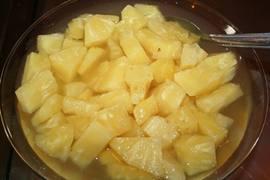 Abacaxi em calda