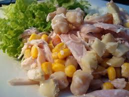 Salada de frango defumado