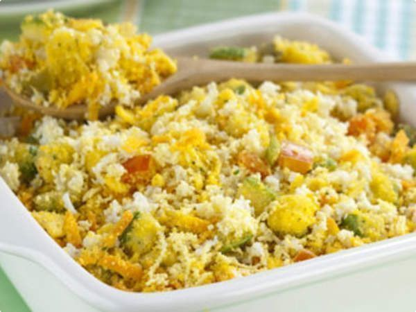 Farofa de legumes e ovos