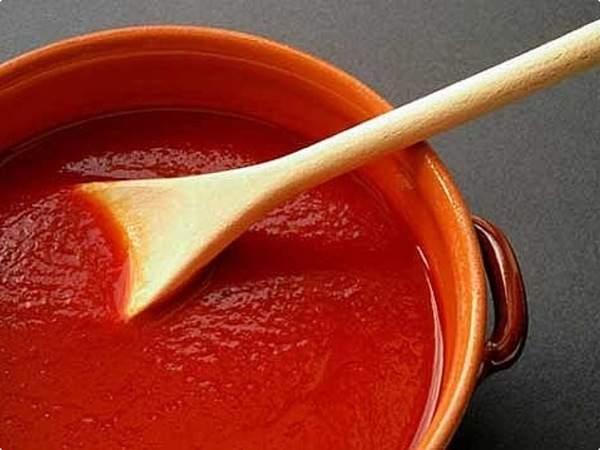 Molho de tomate italiano simples