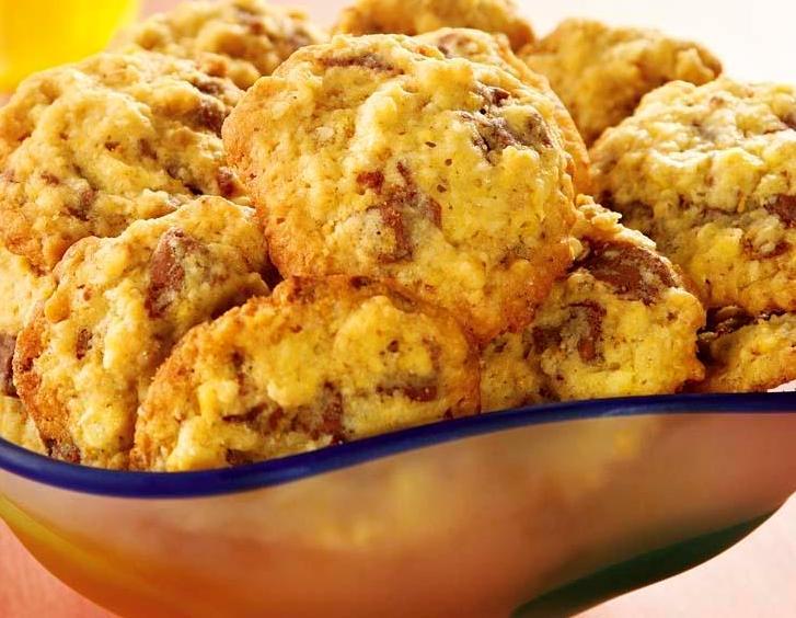 Cookies de coco com chocolate