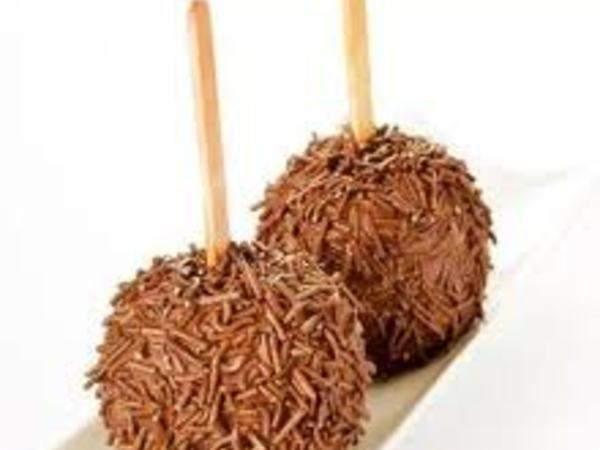 Maçã do amor de chocolate