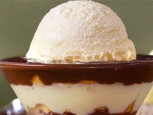 Pavê de brigadeiro com sorvete de creme