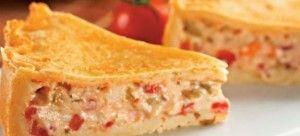 Torta de mandioca com sardinha