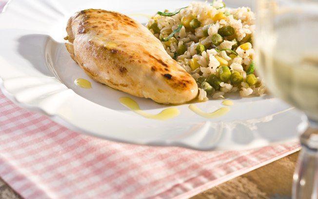 Peito de frango grelhado com arroz integral