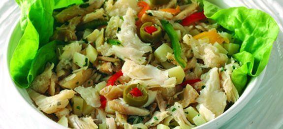 Salada de bacalhau com couve