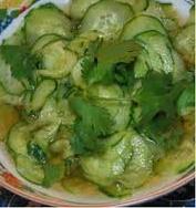 Salada de pepino com gengibre
