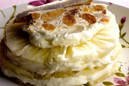 Abacaxi em camadas com cream cheese