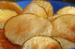 Batatas chips no micro-ondas