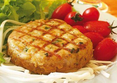 Hambúrguer de frango com calabresa