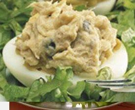 Ovos Recheados com Atum e Maionese